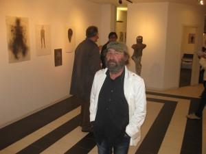 """Rosario Arizza alla mostra """"Odio gli indifferenti"""" (11/2015)"""