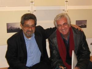 I galleristi Virgilio Anastasi e Francesco Rovella alla mostra di Philip Hipwell